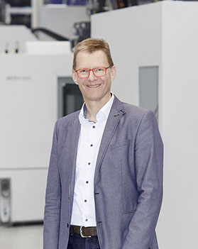 Looking forward to any expert dialog: Axel Boi, Head of Additive Manufacturing, CHIRON Group. Image: CHIRON Group