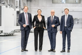 The management team of CHIRON Group SE is now complete: Bernd Hilgarth (CSO), Vanessa Hellwing (CFO), Carsten Liske (CEO) and Dr. Claus Eppler (CTO).